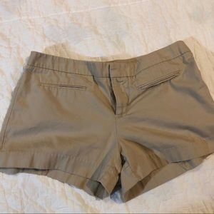 Gap khaki shorts. Sz 12. EUC